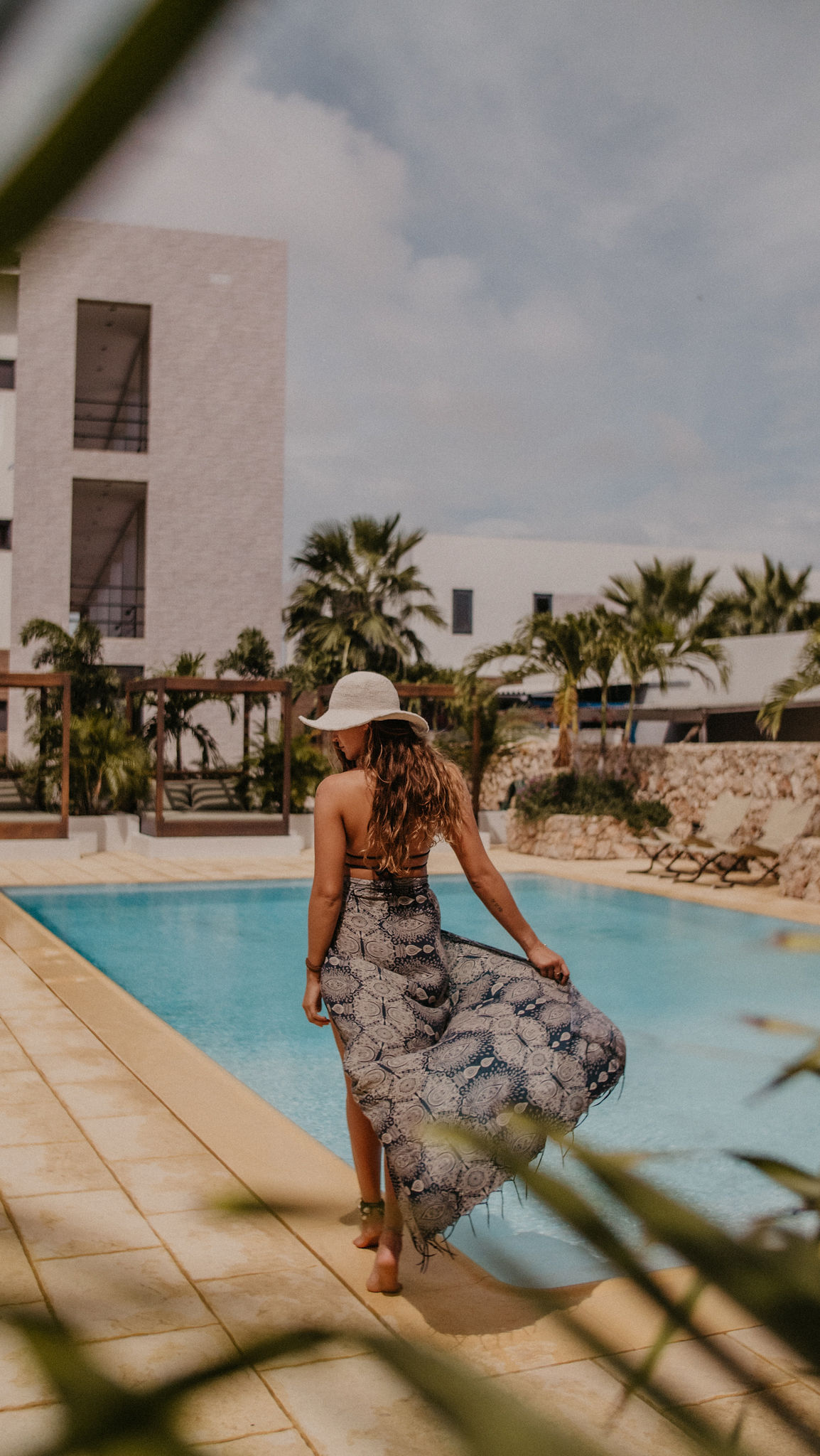 hotel pool bonaire